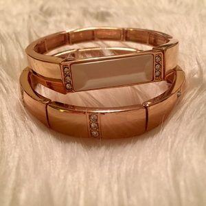 NWT INC bracelet set in gold